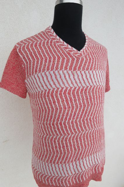 Baumwoll-Leinenshirt nach einem Modell der Radio Orange Kollektion von Veronika Persche